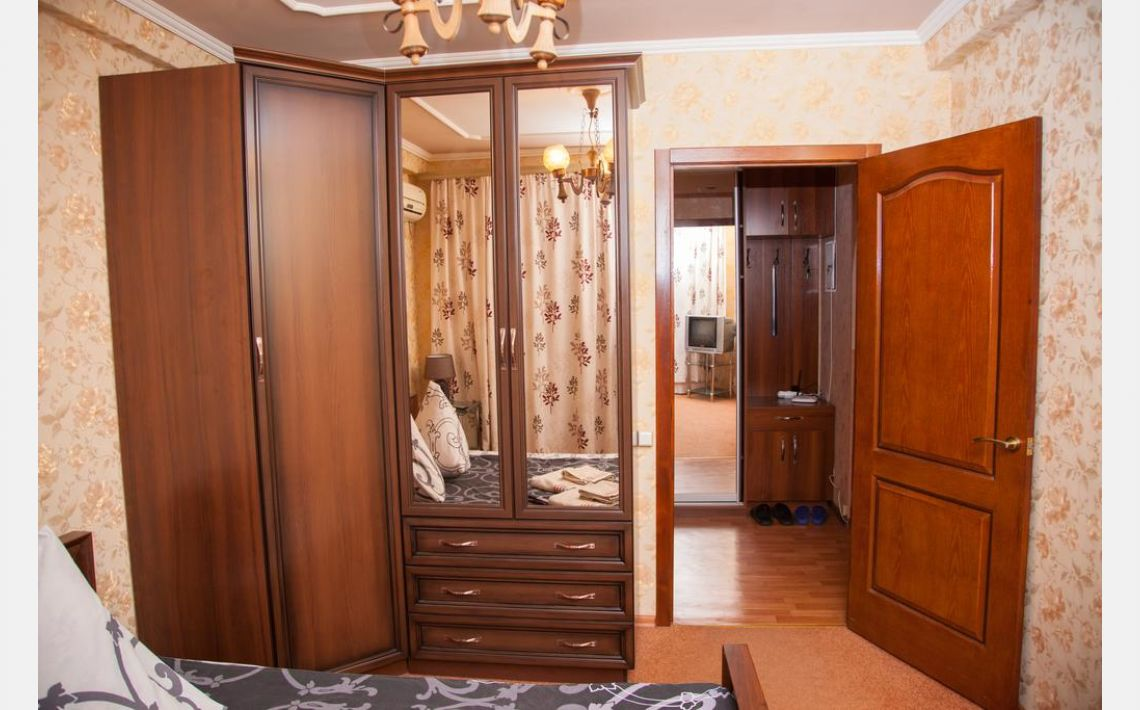 Фотографії 2 rooms apartment on str. Shkilna 22. Luxury class. Centre. 22 Shkilna Street, Запоріжжя, 69095, Україна